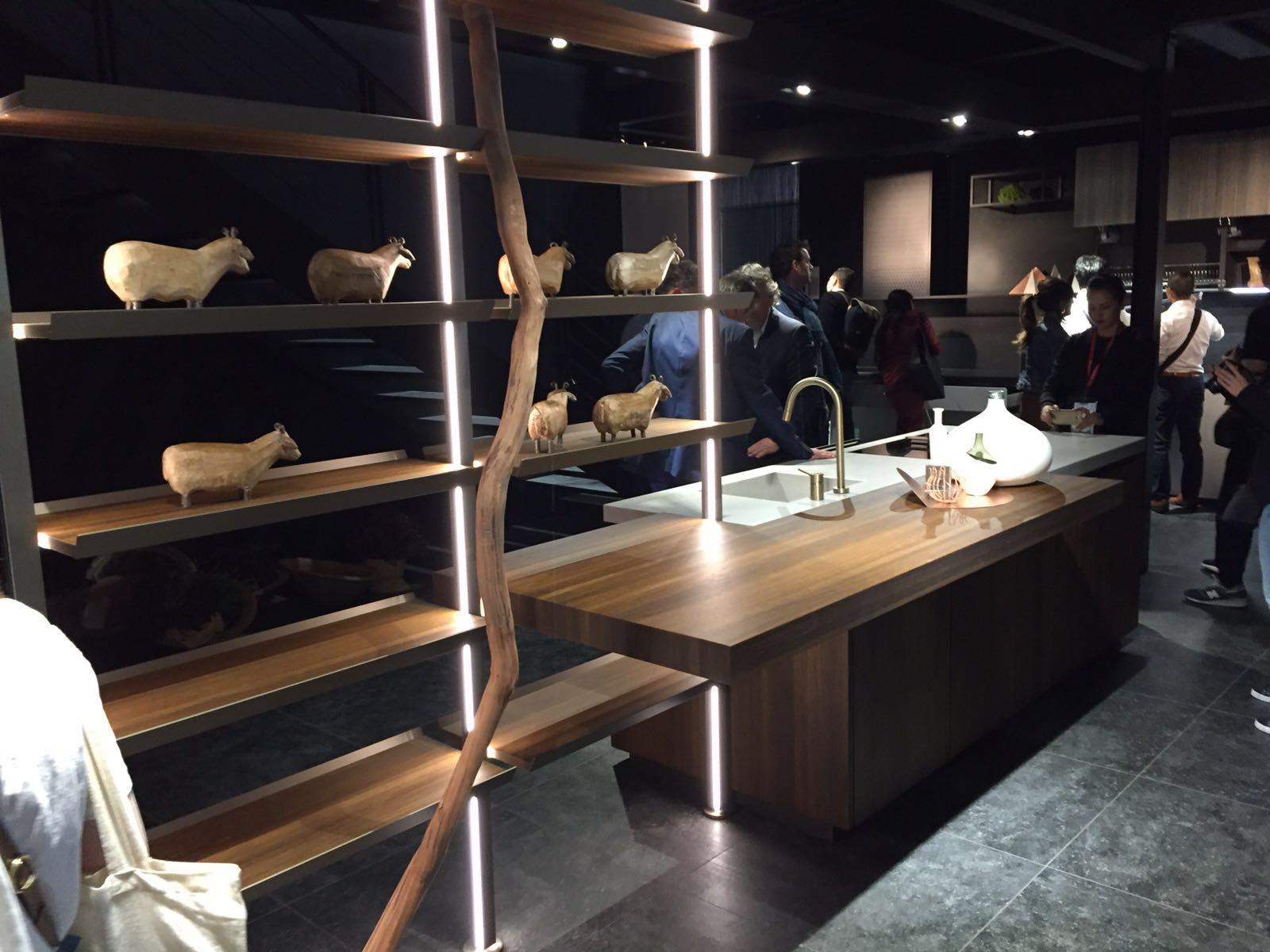 Ravenna interni for Interni salone